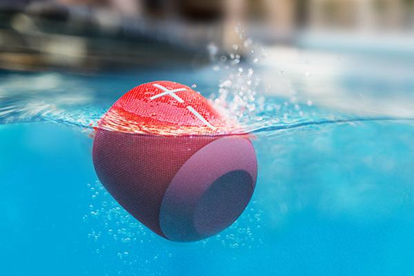 L'altoparlante bluetooth impermeabile è l'accessorio dell'estate: ecco una breve guida ai modelli migliori